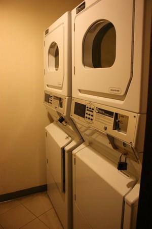 ウェスティン 洗濯機と乾燥機 2台づつ
